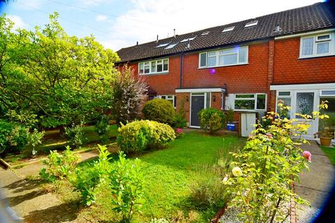 4 bedroom terraced house for sale - West Road , Chessington , KT9