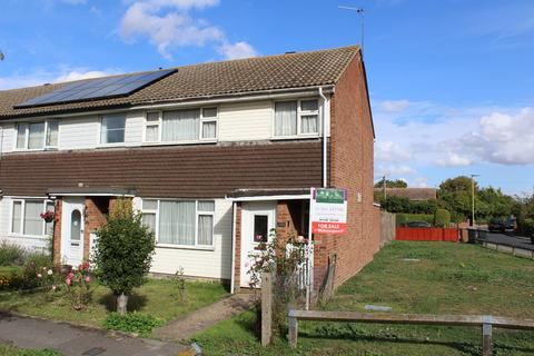 3 bedroom end of terrace house for sale - Willowside Way, Royston
