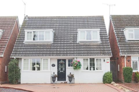 3 bedroom detached house for sale - Antler Drive, Etchinghill