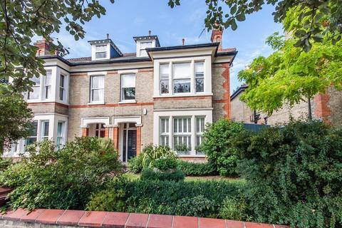 5 bedroom semi-detached house for sale - De Freville Avenue, Cambridge