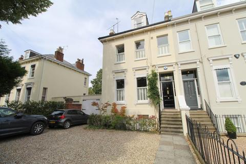 5 bedroom semi-detached house to rent - Sydenham Road North, Cheltenham