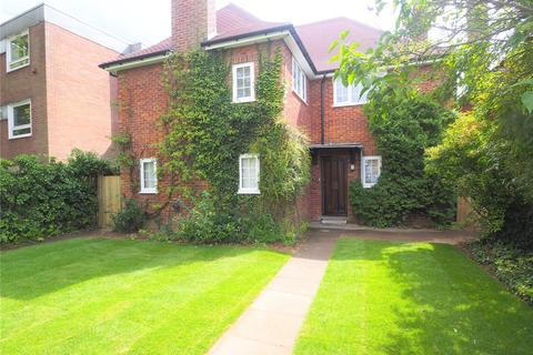 3 bedroom detached house to rent - Barton Road, Cambridge, Cambridgeshire