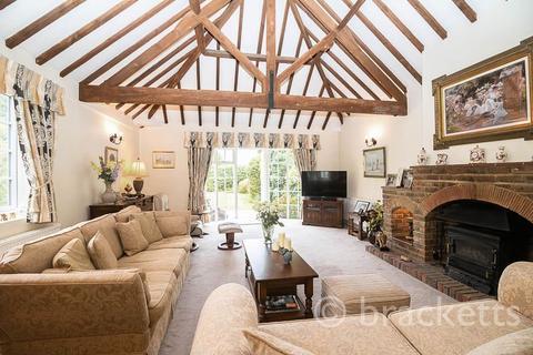 3 bedroom barn conversion for sale - Halls Hole Road, Tunbridge Wells