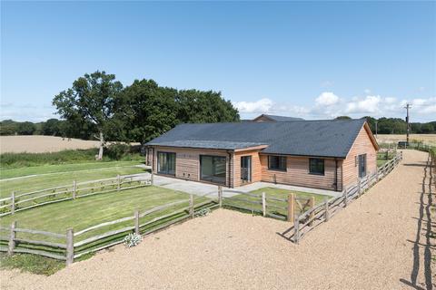 3 bedroom semi-detached bungalow for sale - Park House Farm Barns, Lenham Road, Headcorn, Kent