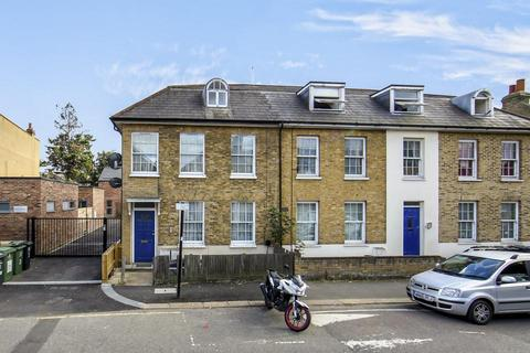 2 bedroom flat to rent - George Lane, London SE13