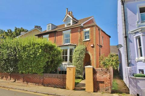 4 bedroom semi-detached house for sale - Albany Road, Southsea