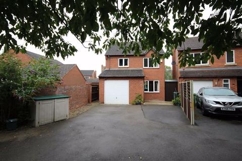 3 bedroom detached house for sale - Whitefields Road, Bishops Cleeve, Cheltenham, GL52