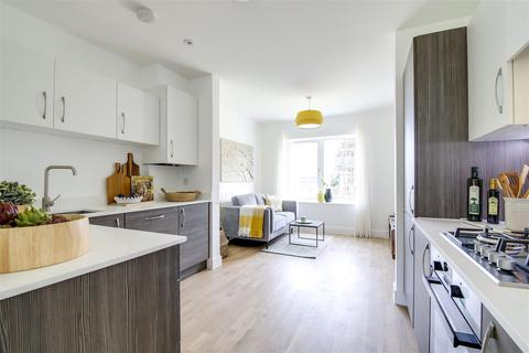 3 bedroom semi-detached house for sale - Western Road, Newhaven