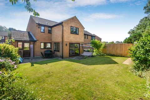 4 bedroom detached house for sale - Derwent Road, Bicester