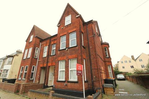 1 bedroom flat to rent - Spenser Road, Bedford