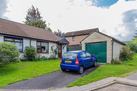 2 bedroom bungalow for sale - De Braose Close, Danescourt, Cardiff
