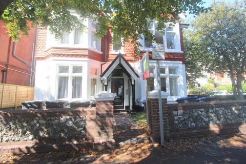 1 bedroom flat to rent - Warwick Gardens, West Sussex