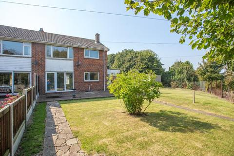 3 bedroom end of terrace house for sale - Knights Templars, Dover