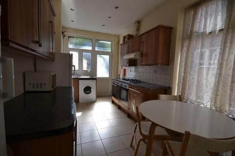 6 bedroom property to rent - Chaucer Street, Leicester, LE2 1HD