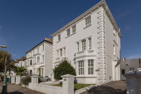 4 bedroom detached house for sale - Westbourne Villas, Hove, East Sussex, BN3