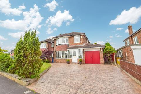 3 bedroom detached house for sale - Shaftesbury Avenue, Timperley, Cheshire, WA15