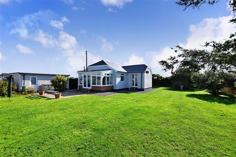 3 bedroom detached bungalow for sale - Dymchurch Road, Hythe, Kent