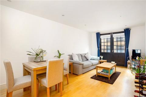 1 bedroom flat for sale - Caraway Apartments, 2 Cayenne Court, London, SE1