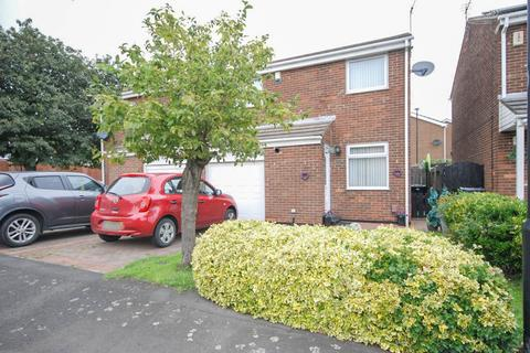 3 bedroom semi-detached house for sale - Trevarren Drive, Ryhope