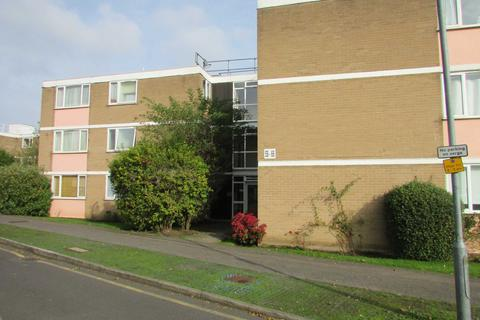 2 bedroom flat to rent - Boreham Holt, Elstree
