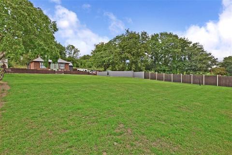 4 bedroom detached bungalow for sale - Liverton Hill, Sandway, Maidstone, Kent