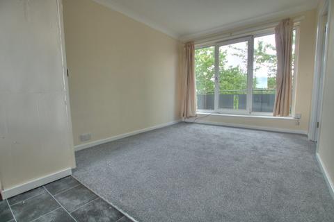 1 bedroom flat to rent - Belsay Gardens, Gosforth, Newcastle upon Tyne, NE3 2AU