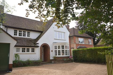 4 bedroom detached house to rent - The Wold, Church Street, Burton Latimer