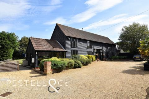 6 bedroom barn conversion for sale - Burton End, Stansted