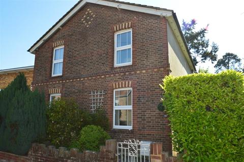 2 bedroom semi-detached house for sale - First Street, Tunbridge Wells