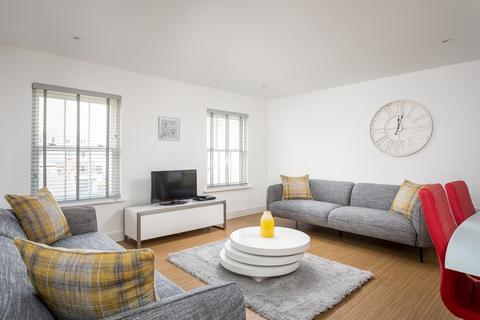 3 bedroom apartment for sale - Prince Regent Mews, Cheltenham GL52 2AQ