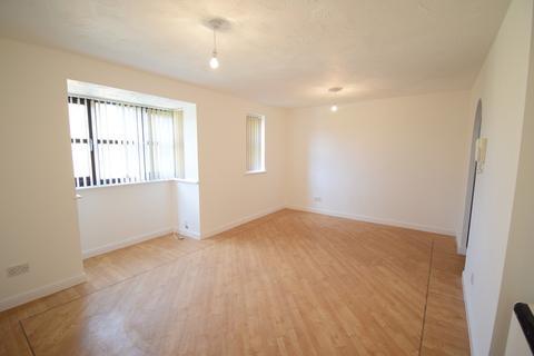 2 bedroom flat to rent - Redwood Grove