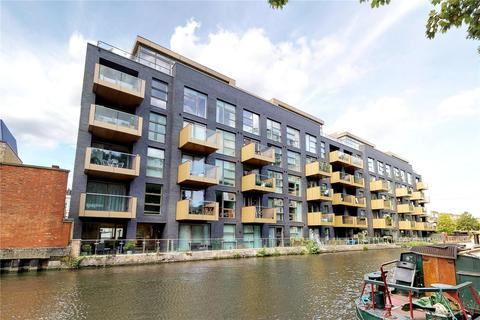 2 bedroom penthouse for sale - Amberley Waterfront, London, W9