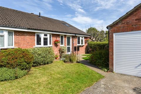 3 bedroom semi-detached bungalow for sale - Salisbury Close, Alton, Hampshire