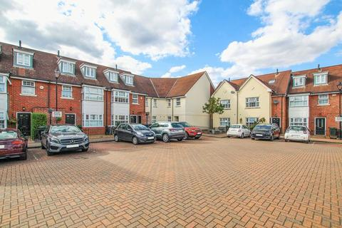 4 bedroom end of terrace house for sale - Williams Way, Bexley Park, Dartford