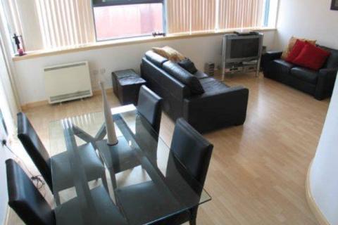 3 bedroom flat to rent - Manolis Yard, 8 Colquitt Street,