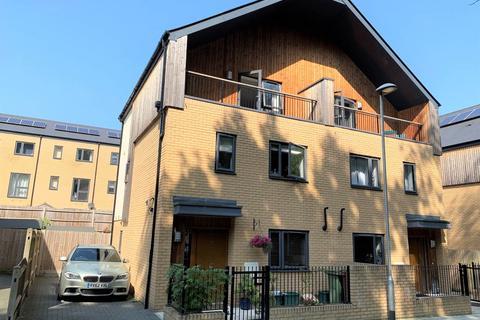 4 bedroom house to rent - Emerald Walk, Tunbridge Wells, Kent