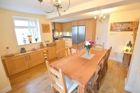 3 bedroom semi-detached house for sale - Lychgate, Upper Sundon, Luton, Bedfordshire, LU3 3PG