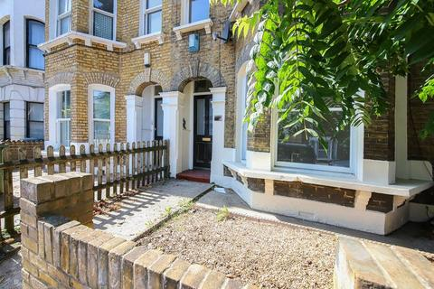 1 bedroom apartment for sale - Westcombe Hill, Blackheath, SE3