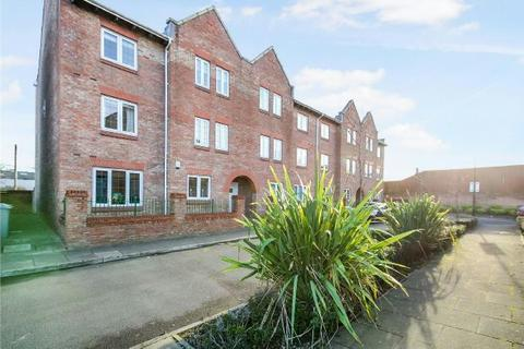2 bedroom apartment for sale - Great Oak Drive, Altrincham