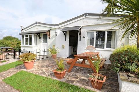 2 bedroom bungalow for sale - GREENWAY ROAD GALMPTON BRIXHAM
