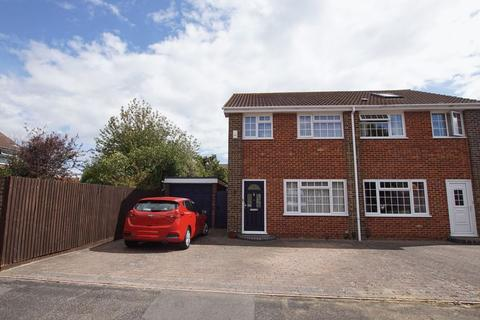 3 bedroom semi-detached house for sale - Larch Close, Lee-on-the-Solent, PO13