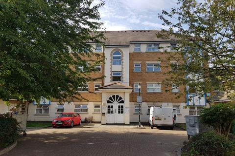 2 bedroom flat for sale - Cuthberga Close, Barking
