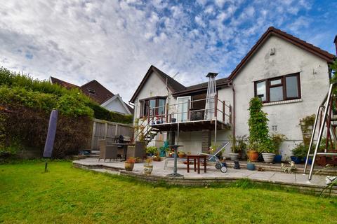 3 bedroom bungalow for sale - Hendrefoilan Road, Sketty, Swansea, SA2