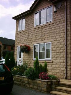 3 bedroom terraced house to rent - Spring Court Mews, Via Hyde, Via Hyde