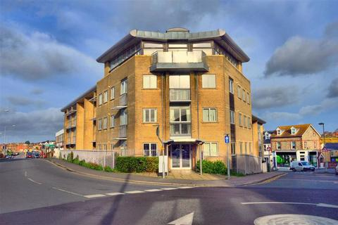 2 bedroom flat for sale - Claremont Quays, Seaford, East Sussex
