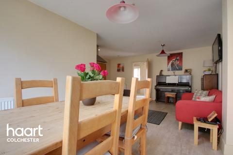 4 bedroom townhouse for sale - Riverside Place, Colchester