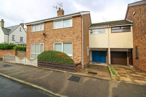 3 bedroom terraced house for sale -  North Church Street,  Fleetwood, FY7