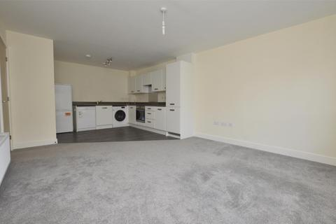 1 bedroom flat to rent - Marcroft Court, Radstock, Somerset, BA3 3FY