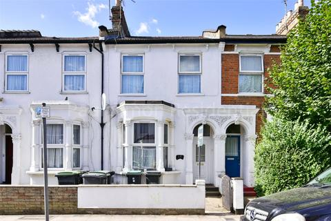3 bedroom terraced house for sale - Burghley Road, London, N8