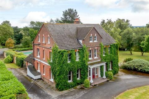 5 bedroom detached house for sale - Castledon Road, Wickford, Essex